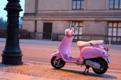 vespa-pink-museumsinsel-retro