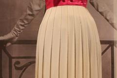 kleid-rosa-schleife-falten-dior