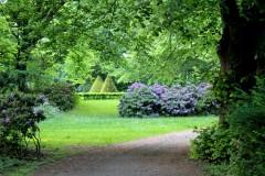 stadtpark-steglitz-ensemble-grün-lila-kegel