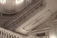 rumänien-parlament-palast-bukarest-treppe-marmor-weiß